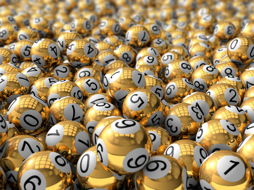 image of gold online lotto balls